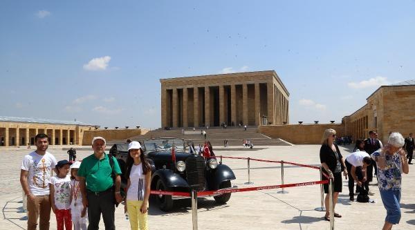 Atatürk'ün 80 Yıllık Makam Otomobili 58 Yıl Aradan Sonra Törenle Bakıma Gönderildi / Ek Fotoğlarlar