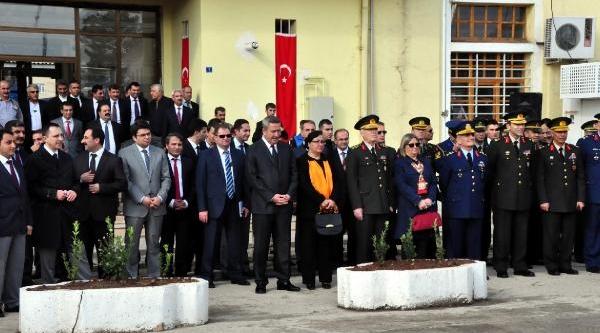 Atatürk'ün Diyarbakir'a Gelişinin Yildönümü Törenlerle Kutlandi