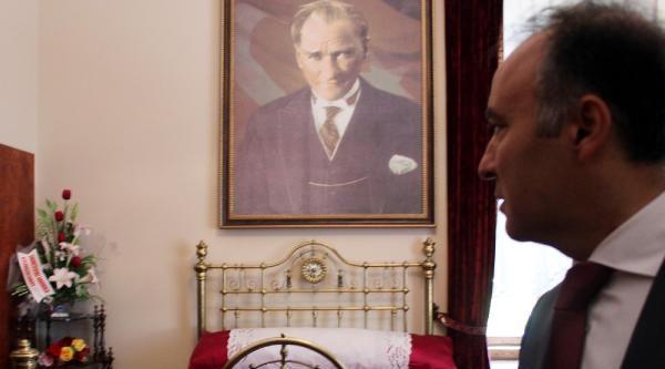 Atatürk'ün Erzurum'a Gelişinin Yıldönümü Törenle Kutlandı
