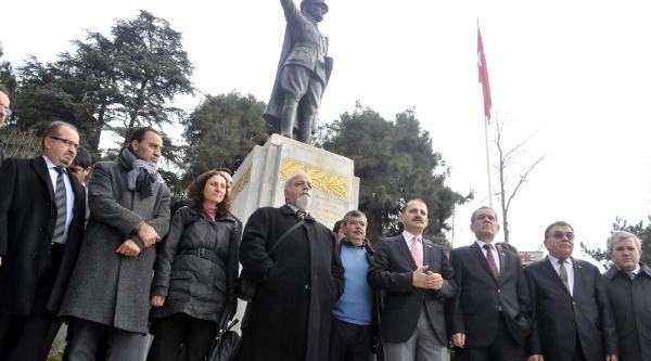 Atatürk'ün Tarihi Izmit Basin Toplantisi'nin 91'inci Yildonümü Kutlandi
