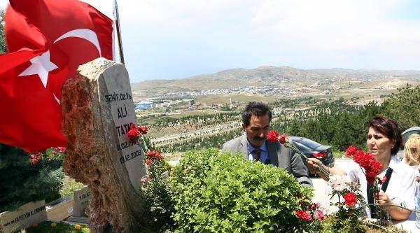 Atilla Kezek : Devlet, Subaylarının Etini Canlı Canlı Yamyam Gibi Yedi / Ek Fotoğraflar