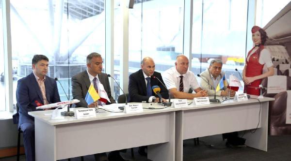 Atlasjet Yönetim Kurulu Başkanı Ersoy: Ukrayna'yı Uçurmaya Geldik / Fotoğraflar