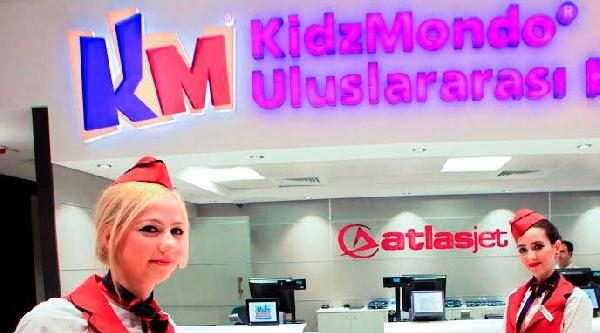 Atlasjet'ten Çocuklara Kıdzmondo'da Havacılık Sevgisi