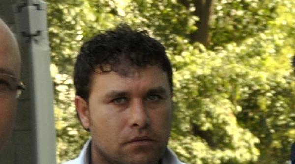 Atm'de Yardım Bahanesiyle Dolandıran Şüpheli Tutuklandı
