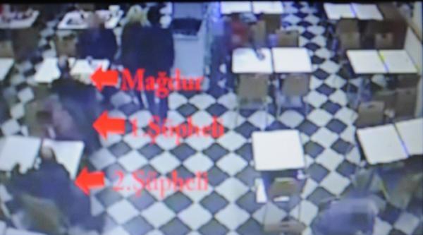 Avm'lerde Hırsızlık Yapan İki  Kişi Yakalandı