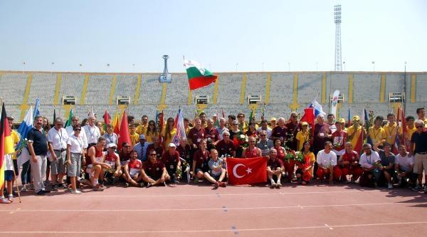 Avrupa Veteran Atletizm Şampiyonasi'nda Kapanış Seremonisi