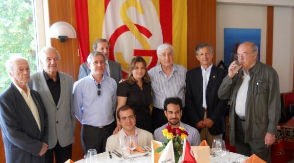 Avrupalı Galatasaray Eski Liseliler Derneği Pilav Gününde Bir Araya Geldi