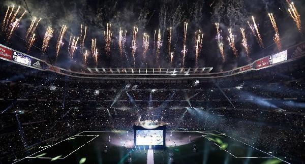 Avrupa'nın En Büyüğü Real Madrid, Üçüncü Kutlamayı Stadında Yaptı
