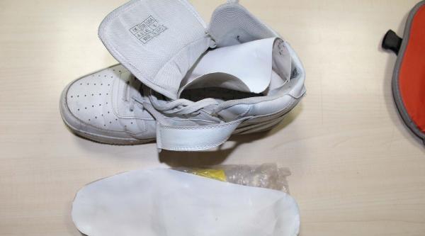 Ayakkabı Tabanından 431 Gram Eroin Çikti
