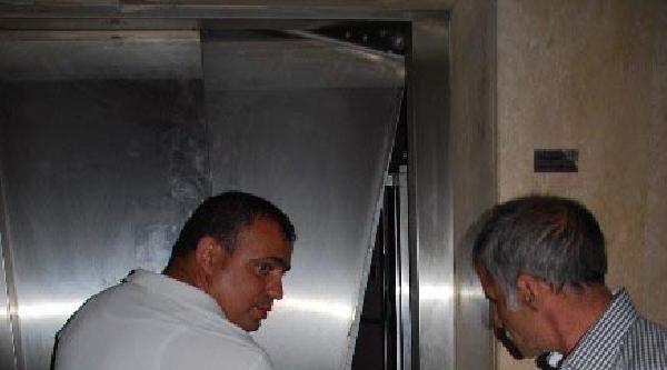 Aydın'da Asansörün Halatı Koptu: 6 Yaralı (ek Fotoğraf)