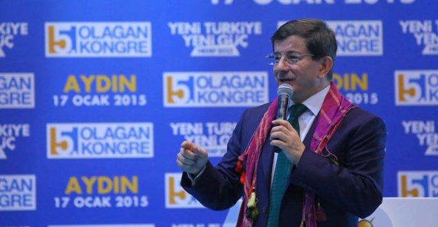 Aydın'da Davutoğlu'na Pankartlı Protesto! 4 Kişi Gözaltında...