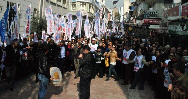 Aydın'da Öğretmenlerden Davul Zurnalı Eylem