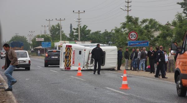 Aydın'da Okul Servisi Kaza Yaptı: 13 Yaralı