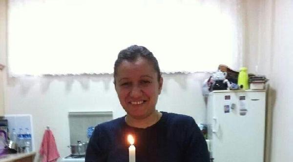 Ayrı Yaşadığı Eşi Tarafından Doğum Gününde Öldürüldü