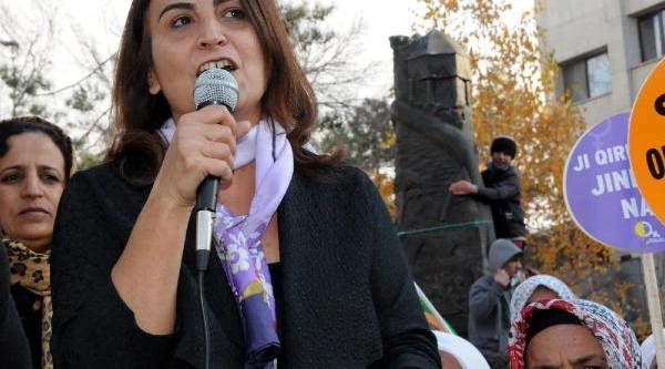 Aysel Tuğluk: Barzani Ve Perwer Diyarbakir'a Gelebiliyorsa Öcalan'in Sayesindedir