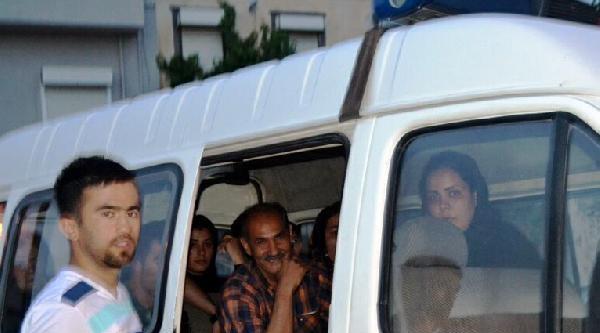 Ayvalık'ta 11 Kaçak Afgan Yakalandı