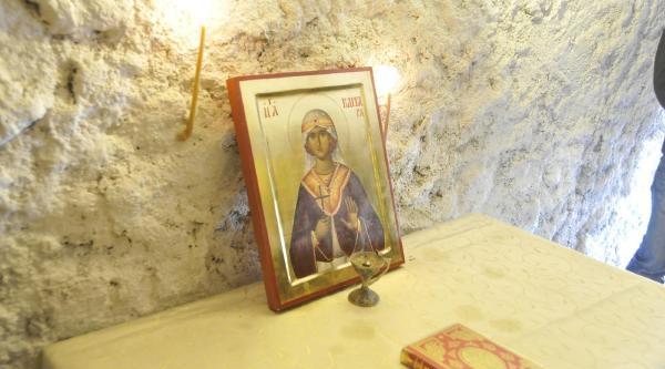 Azize Santa Barbara'ya Izmit'te Ayinli Anma