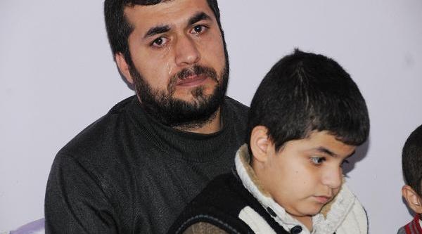 Babanin Feryadi: Oğlumun Gözlerini Açin