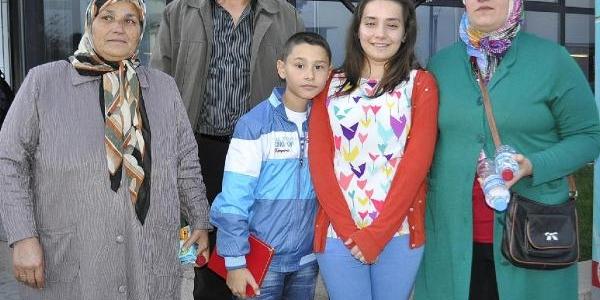 Babasi 3 Kişiye Can Olan Aylin'in Gurur Gözyaşlari