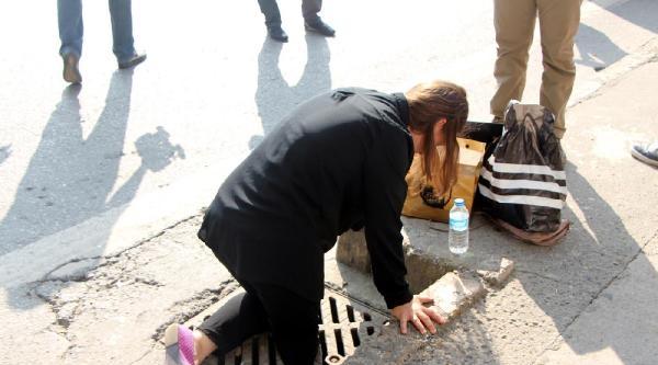 Bacağı Kırık Mazgala Sıkışan Genç Kadın Acı İçinde Yardım Bekledi