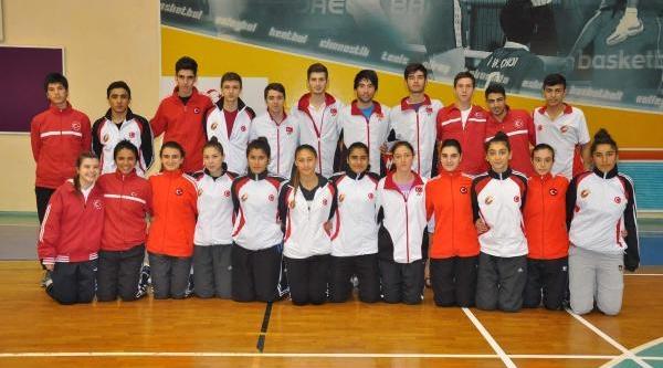 Badminton'Da Şampiyon Türkiye