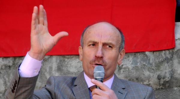 Bağımsız Aday Olan Derepazarı Belediye Başkanı: Tepside Altın Makam Sundular