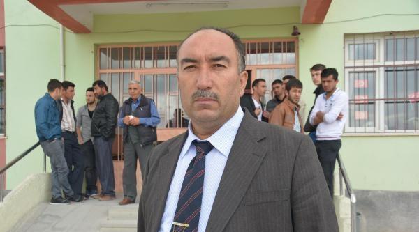 Bağlama Beldesi'nde Seçimi Mhp'li Aday Kazandı