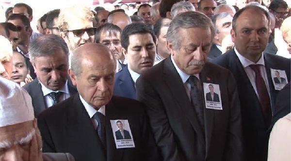 Bahçeli, Ünal Osmanağaoğlu'nun Cenazesine Katıldı