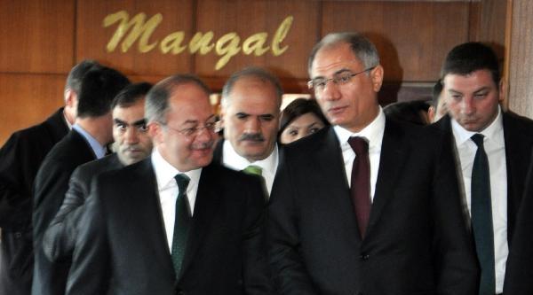 Bakan Ala: Teröristler, Suriye İçindeki Gruplardan