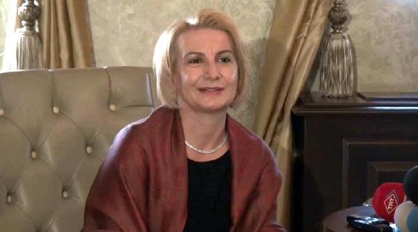 Bakan Bağiş, Makedonya Kalkandelen Belediye Başkani Ile Görüştü