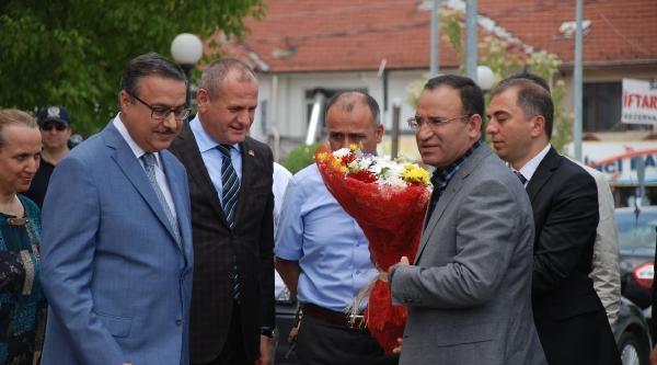 Bakan Bozdağ'dan Savcı Öz'e: Tarafsızlığını Kaybetti
