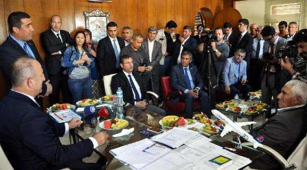 Bakan Çavuşoğlu: Kaos Yaratmak İsteyenlere Vatandaşımız Dersini Verdi