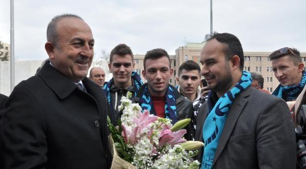 Bakan Çavuşoğlu: Türkiye  Ab Yolundan Sapmadı