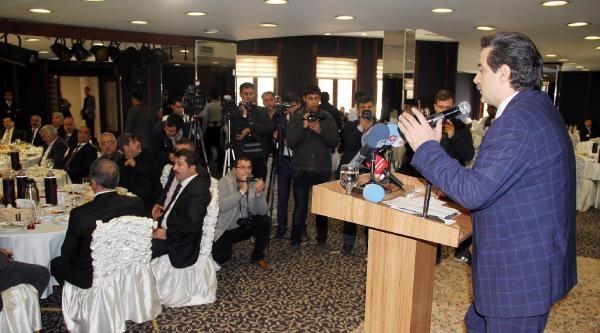 Bakan Çelik, Şanliurfa'da Oda Başkanlarıyla Biraraya Geldi
