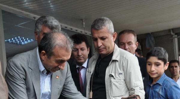 Bakan Eker, Bitlis'te Erdoğan İçin Oy İstedi (2)