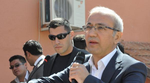 Bakan Elvan: 3'üncü Havalimanının Yapılmaması İçin Gayret Gösteriyorlar