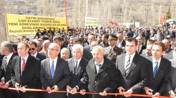Bakan Elvan, Asansörde Mahsur Kaldı (2)