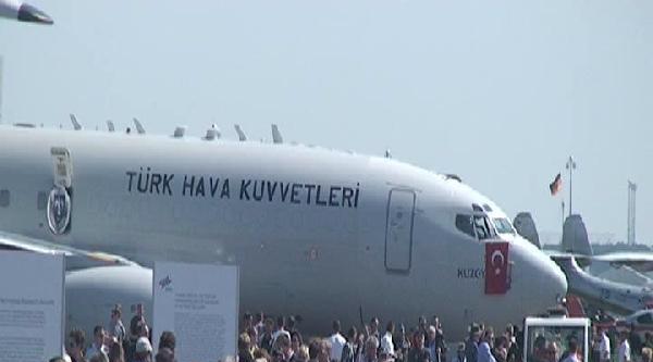 Bakan Elvan, Başbakan  Merkel İle Uluslararası Havacılık Fuarı Ila'nin Açılışını Yaptı