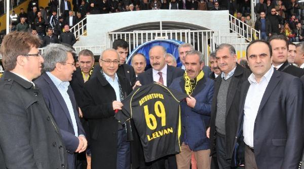 Bakan Elvan: İstikrari Bozmaya Çalişanlara Milletimiz Cevabı Verecek