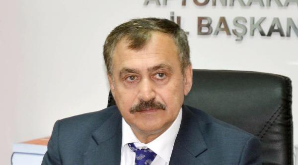 Bakan Eroğlu Annesiyle Oy Kullandı (2)