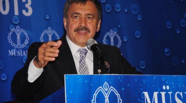 Bakan Eroğlu: Dershaneler Konusu Iyi Anlatilmali