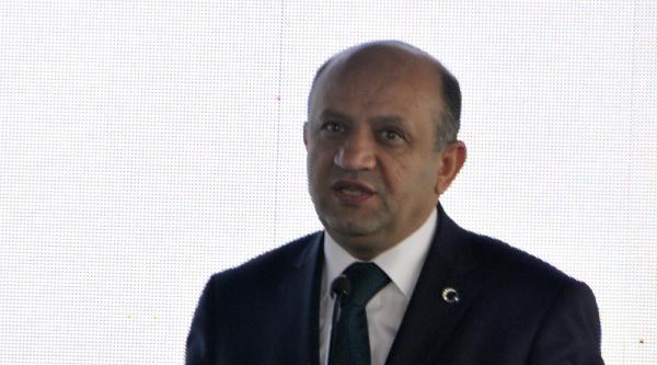 Bakan Işik: Türkiye Zaman Kaybetmeden Elektrikli Otomobil Üretimine Geçmesi Gerekiyor