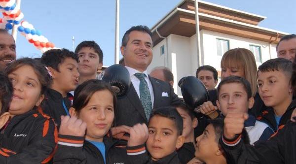 Bakan Kiliç Türkiye Olimpiyat Hazirlik Merkezlerini'Nin Açilişini Yapti