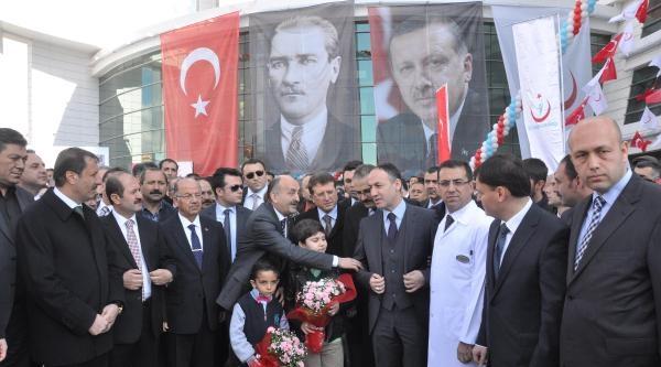 Bakan Müezzinoğlu: Ey Kılıçdaroğlu Sen Rüyanda Ambulans Uçaklar Görebiliyor Muydun? (2)