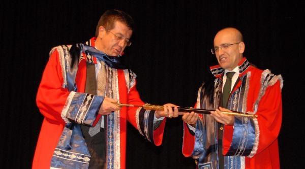 Bakan Şimşek'e, Paü'den Fahri Doktora