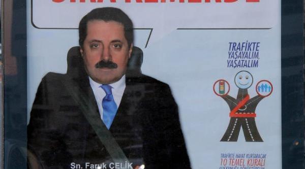 Bakan Ve Milletvekillerine Photoshop'la 'Emniyet Kemeri' Takildi