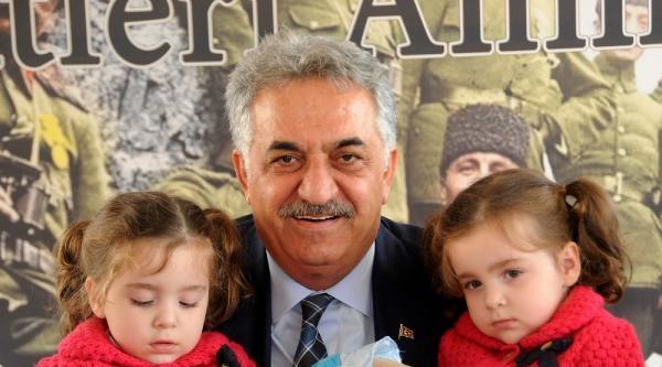 Bakan Yazıcı, Şehit Ve Gazi Aileleriyle Bir Araya Geldi