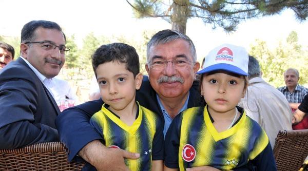 Bakan Yılmaz: Abd'nin Işid Operasyonuna Türkiye'nin Desteği Yok (2)