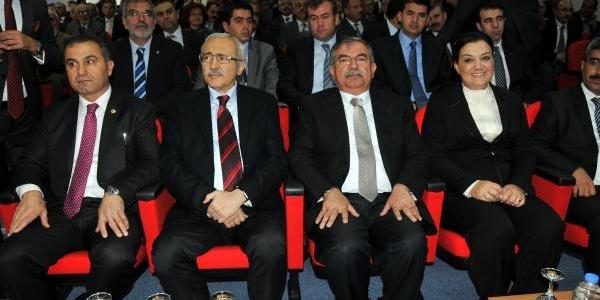 Bakan Yilmaz: Asker Kaçaklarina Para Cezasi Uygulanacak