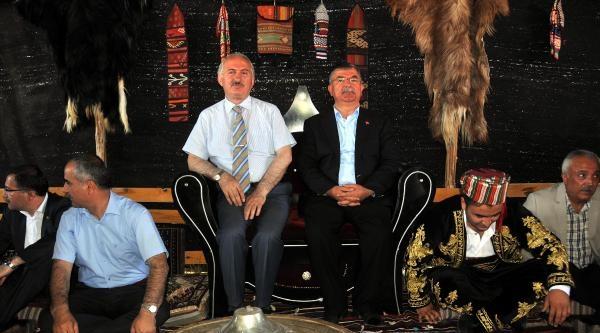 Bakan Yılmaz'dan 'yeni Türkiye' Tarifi